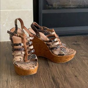 Aldo snakeskin wedge sandals